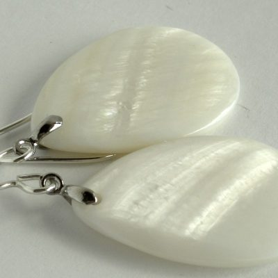 white mother of pearl shell sterling drop earrings 2a