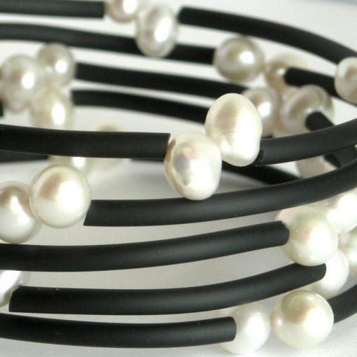double white top drill pearl wrap bangle da
